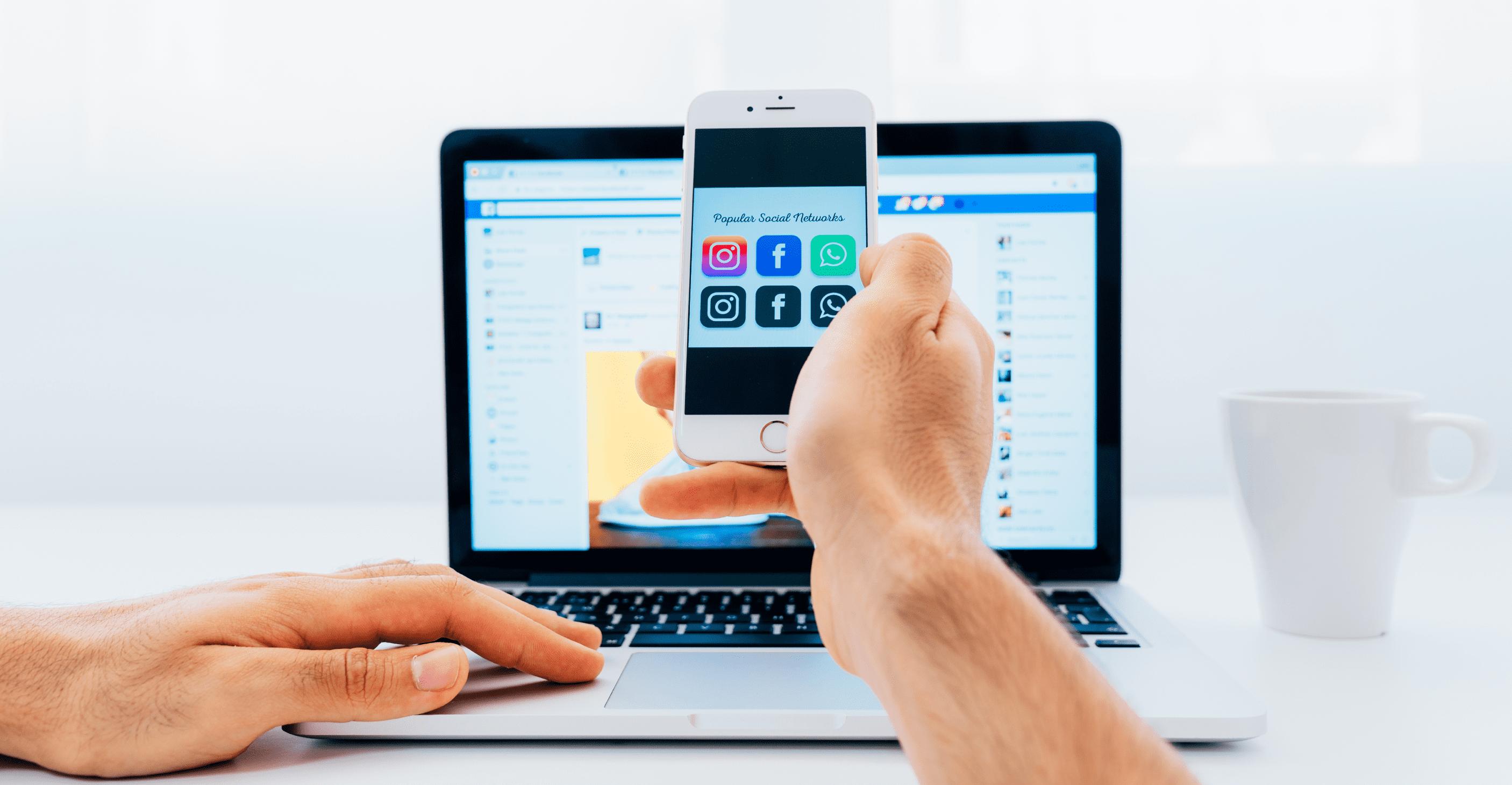 Pesquisa de redes sociais em smartphone e computador